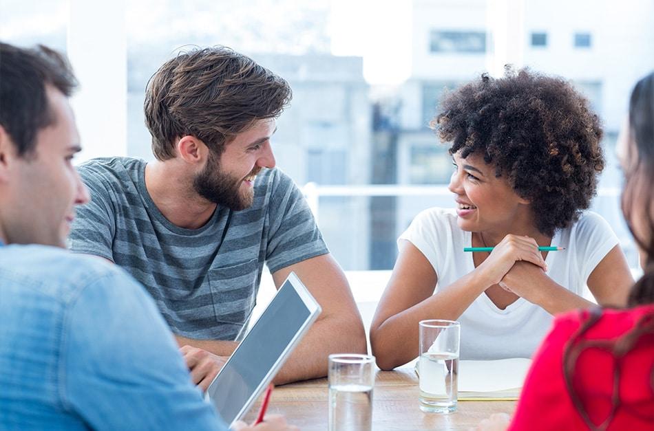 Terceirização de funcionários: vantagens e desvantagens