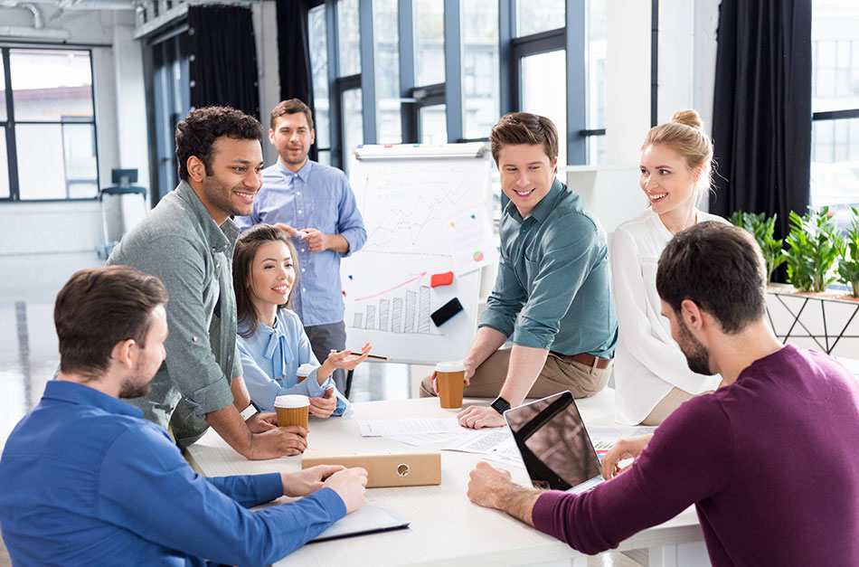 Como o processo de recrutamento terceirizado pode reduzir a rotatividade de funcionários